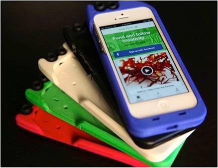 Vỏ bao TurtleCell dành cho iPhone đính kèm tai nghe