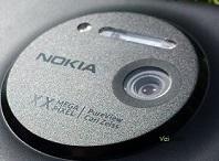 Rò rỉ Lumia 1020 sẽ được gọi là Lumia 909, giá 602 USD, ba màu đen, trắng, vàng?