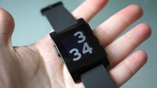 Đồng hồ Pebble bán được 275.000 chiếc, đạt 1 triệu lượt tải ứng dụng