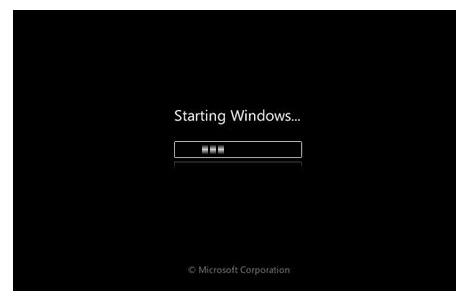 Sau khi cài lại Windows thì không khởi động được máy laptop