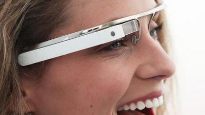 """Lý do """"OK Glass"""" được chọn làm câu lệnh kích hoạt Google Glass"""