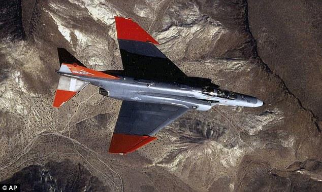 Video UAV không lực Mỹ cháy ngùn ngụt