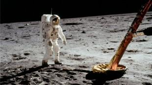 Chiêm ngưỡng những bức ảnh đẹp chụp từ tàu Apollo 11 cách đây 44 năm