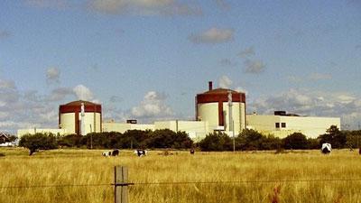 Máy hút bụi gây cháy nhà máy điện hạt nhân