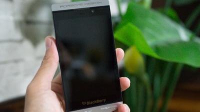 BlackBerry phát triển phiên bản Porsche Design của Z10