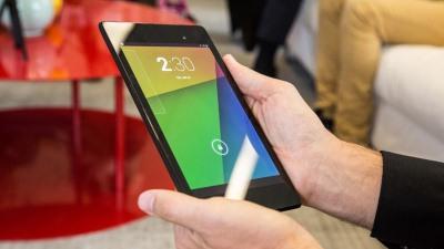 Thử tra tấn Nexus 7 mới