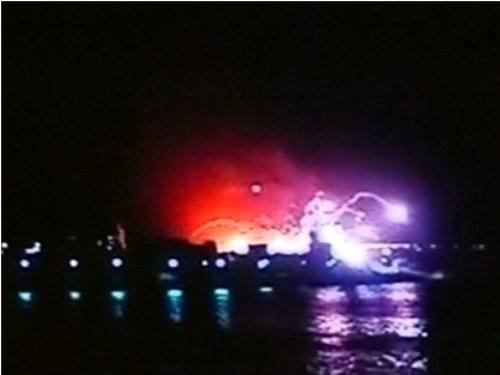 Video tàu ngầm lớp kilo Ấn Độ nổ ở cảng Mumbai