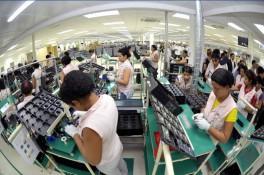 Samsung bị kiện vì điều kiện làm việc tồi tệ của công nhân