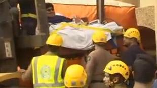 Video giải cứu người đàn ông nặng 610kg