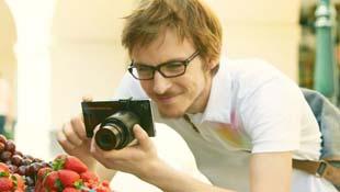 Chụp ảnh chuyên nghiệp với ống kính Sony dành riêng cho smartphone