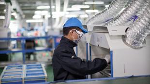 Nhà cung ứng vỏ iPhone giá rẻ bị cáo buộc ngược đãi công nhân