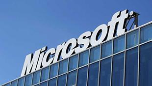 Microsoft nhận thêm hậu thuẫn lớn để chống Apple