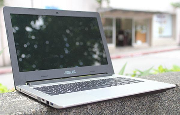 Điểm mặt laptop giảm giá tiền triệu