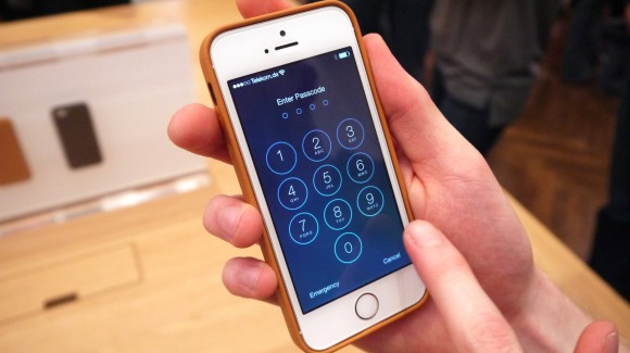 Trên tay iPhone 5S
