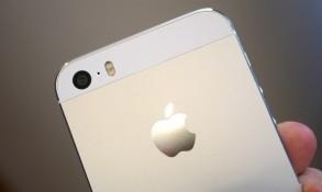 iPhone 5s, iPhone 5c khan hàng do thiếu linh kiện