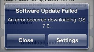 """iFan bức xúc vì không thể """"lên đời"""" iOS 7"""