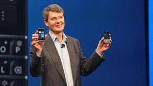Nội bộ lục đục: Tử huyệt của BlackBerry