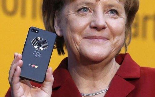 Đức ra tay cứu BlackBerry bằng đơn đặt hàng 1000 chiếc Z10