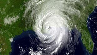 Tại sao khó dự đoán lộ trình của bão?