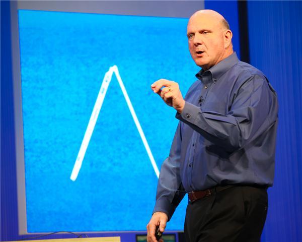 Steve Ballmer mất tiền vì Windows 8 và Surface