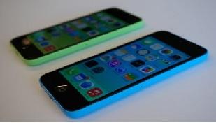 Giá iPhone 5C xách tay rớt thảm hại, còn từ 11,5 triệu đồng