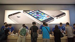 iPhone 5s, 5c sắp mở rộng tới 56 nước vào 25/10 và 1/11, chưa có Việt Nam