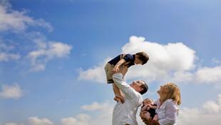 Những kiểu tạo dáng đẹp khi chụp ảnh gia đình