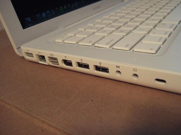 Vệ sinh laptop với 7 bước cơ bản
