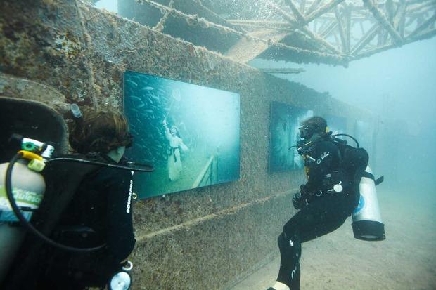 Triển lãm nghệ thuật có một không hai dưới đáy biển
