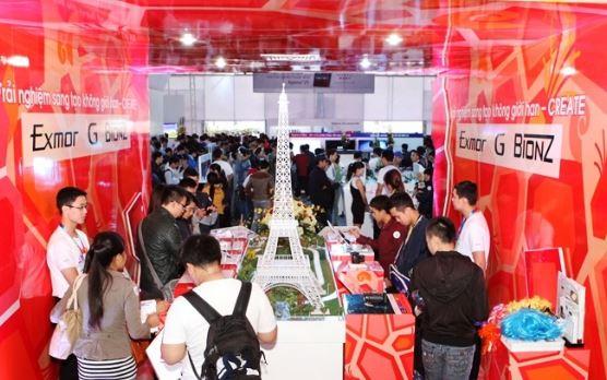 Khai mạc triển lãm SONY SHOW 2013 tại Hà Nội