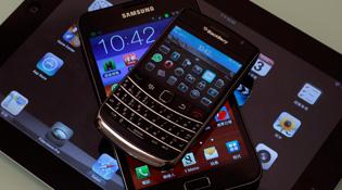 Smartphone ngày càng to, tablet ngày càng nhỏ