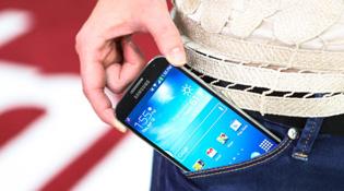 Thị phần smartphone Samsung vượt xa Apple