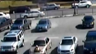 Bóng ma bí ẩn tàn phá bãi đậu xe