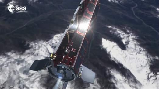 Vệ tinh 1 tấn sắp rơi thẳng xuống Trái Đất