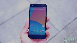Thử nghiệm độ bền Nexus 5: Màn hình rạn vỡ nhưng vẫn chạy