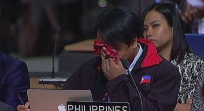 Nước mắt Philippines và bài phát biểu làm thế giới bàng hoàng