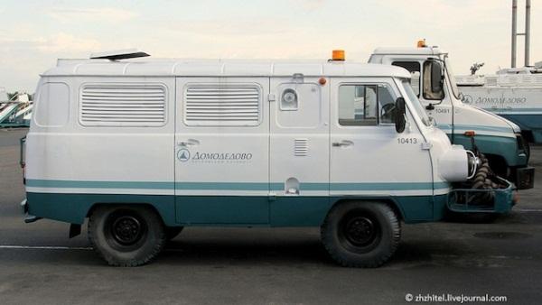 """Nga: """"Nhồi"""" động cơ máy bay vào xe ô tô"""