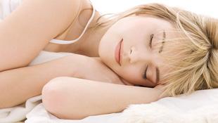 Thiếu ngủ khiến teen dễ nhiễm virus