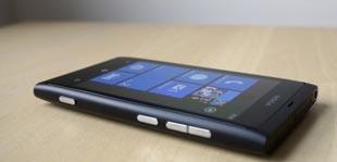 Nokia Lumia 800 không thể tỏa sáng ở châu Âu