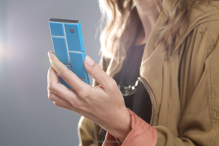 "Motorola sẽ in 3D smartphone ""xếp hình"" Ara"