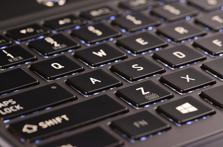 Cài đặt Windows 7 bằng USB không thể nhập tên bằng bàn phím