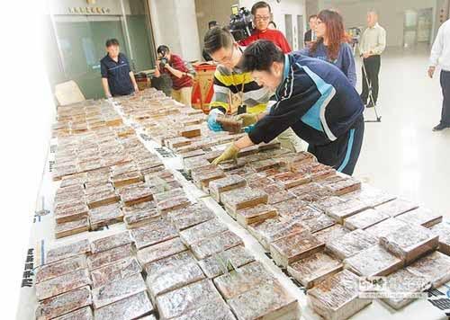 Làm sao 230 kg heroin lọt cửa hải quan, an ninh hàng không Việt Nam?