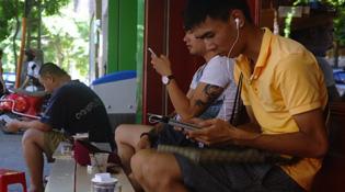Doanh số smartphone Việt Nam tăng chóng mặt