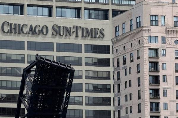 4 phóng viên ảnh mất việc vì iPhone sẽ được chủ cũ thuê lại