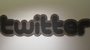 Twitter vượt Facebook về nơi làm việc lý tưởng nhất