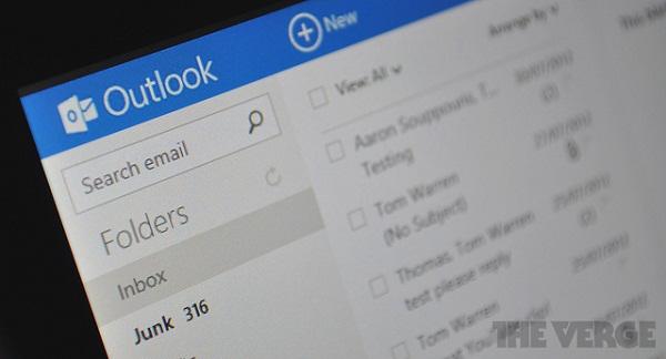 Microsoft ra công cụ chuyển email từ Gmail sang Outlook