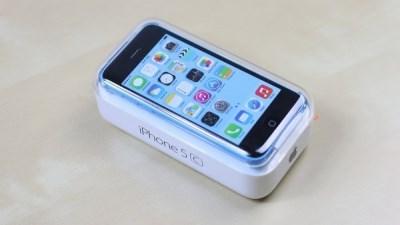 Tồn kho nhiều, iPhone 5c giảm giá sốc tại Mỹ