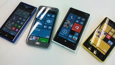 "Microsoft rót 1 tỉ USD để Samsung ""ôm ấp"" Windows Phone?"