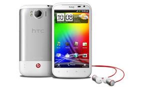 HTC Sensation XL âm thanh Beats bán giá 15,9 triệu đồng