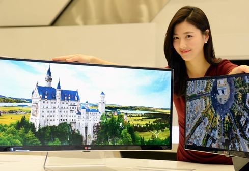 """LG sẽ ra một loạt màn hình siêu nét và """"gợi cảm"""" tại CES 2014"""